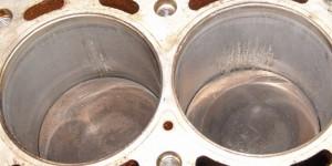 Износ зеркала цилиндра