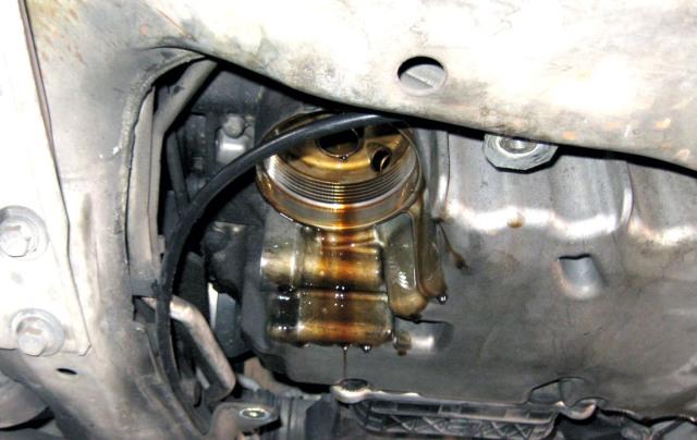 Замена масла двигателя вольво хс90 своими руками