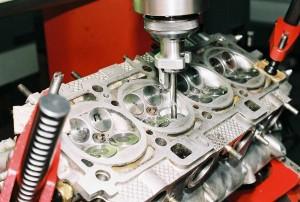 Форкамерный двигатель