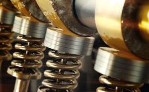 Смазка деталей двигателя