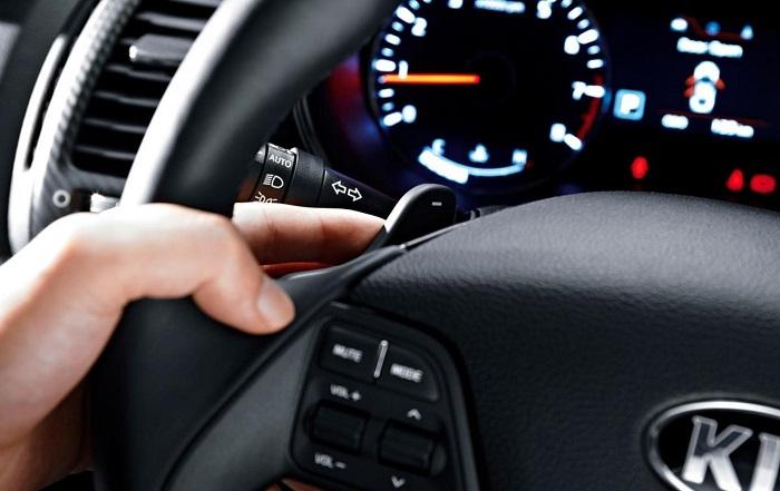 Машина дергается при переключении передач на ходу
