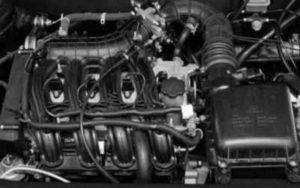 Троит мотор