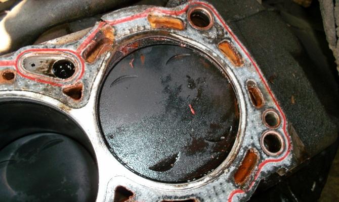 Тосол в цилиндрах двигателя