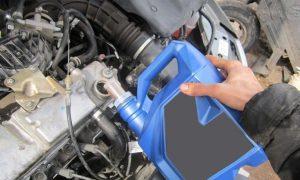 Универсальное моторное масло для бензиновых и дизельных двигателей