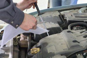 Когда пора менять моторное масло в двигателе