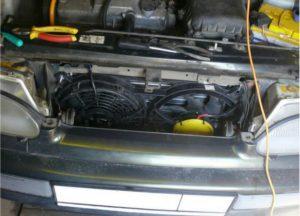 Вентилятор охлаждения срабатывает при включении зажигания на холодном моторе