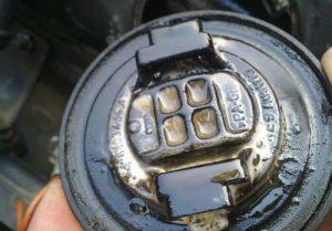 Бензин в масле двигателя
