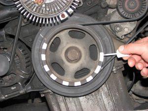 Шкив коленчатого вала двигателя