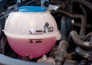 Как защитить двигатель автомобиля от перегрева