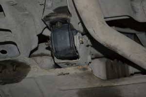 Неисправности подушек опор двигателя