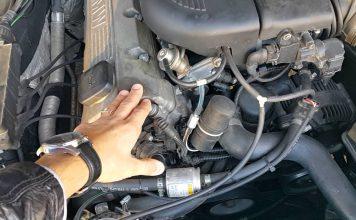 Двигатель троит на холостых причины