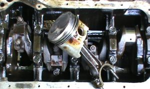 Причины заклинивания двигателя
