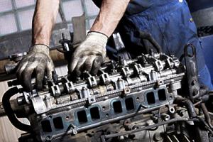 Сборка двигателя автомобиля