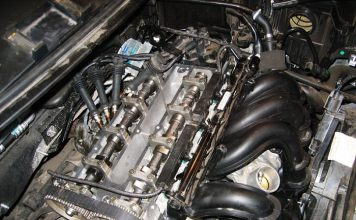 Треск после запуска двигателя на холодную причины