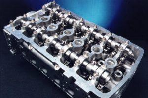 Ультразвуковая мойка двигателя автомобиля