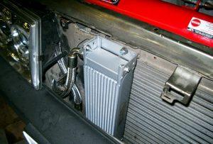 Масляный радиатор двигателя
