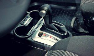 Как заводить авто с АКПП правильно