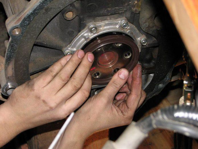 Замена сальника гидротрансформатора АКПП