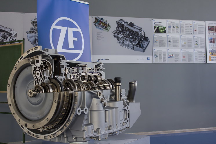 коробка передач ZF ЗФ коробка автомат