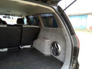 Установка сабвуфера в авто