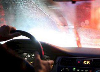 Потеют стекла в машине что делать