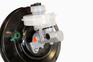 Как работает вакуумный усилитель тормоза