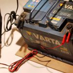 Как заряжать аккумулятор автомобиля зарядным устройством правильно и полностью