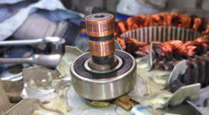 Как снять и разобрать генератор ВАЗ