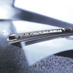 Замена щеток стеклоочистителя автомобиля