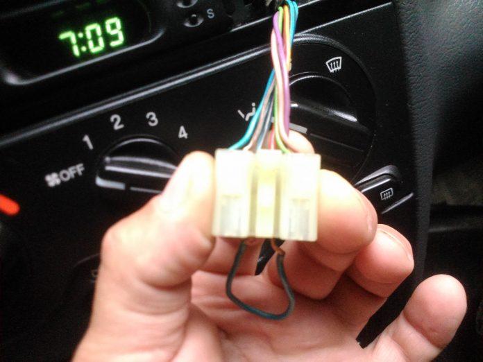 Не работает аварийка не работают поворотники причины ремонт