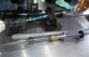 ремонт амортизатора восстановление стоек реставрация амортизатора автомобиля