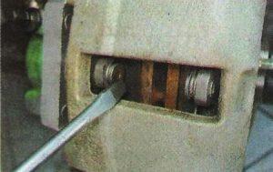 Замена тормозных колодок Калина