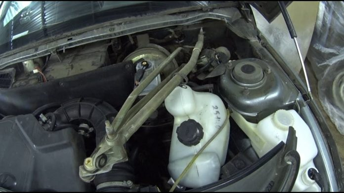 Ремонт и замена трапеции ВАЗ 2110 своими руками