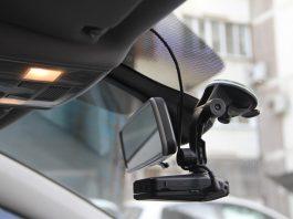 Установка видеорегистратора в машину своими руками