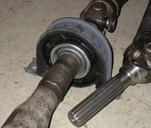 Замена подвесного подшипника кардана